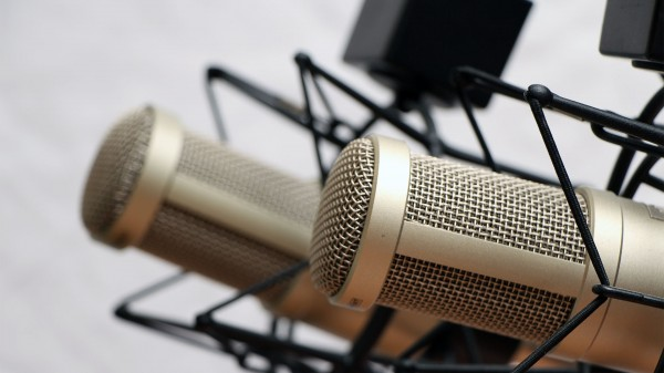 Podcasting-tips-with-cohosts-The-Audacity-to-Podcast-114-600x337
